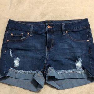 Size 9 jean jean shorts
